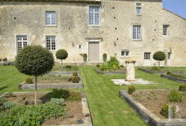 France mansions for sale poitou charentes hamlet house - 3