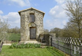 France mansions for sale poitou charentes hamlet house - 14