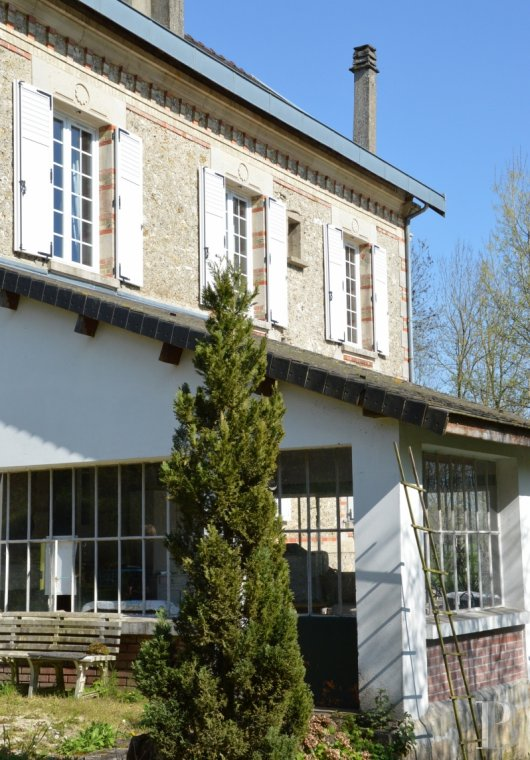 character properties France champagne ardennes mill full - 3