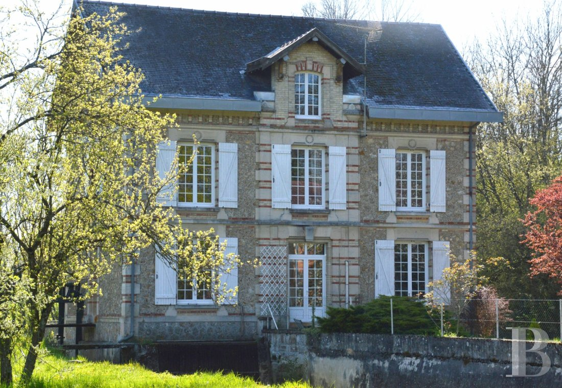 character properties France champagne ardennes mill full - 1