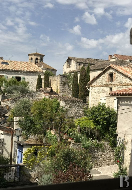 Residences for sale - midi-pyrenees - A private and surprising Renaissance residence, with a guest house and an annex building with a landscaped inner courtyard in the White Quercy region