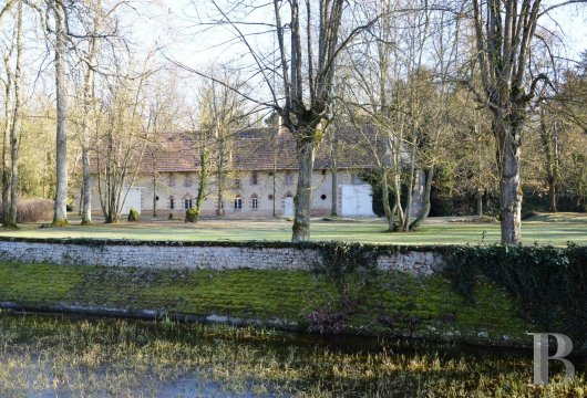chateaux for sale France center val de loire eure et - 28