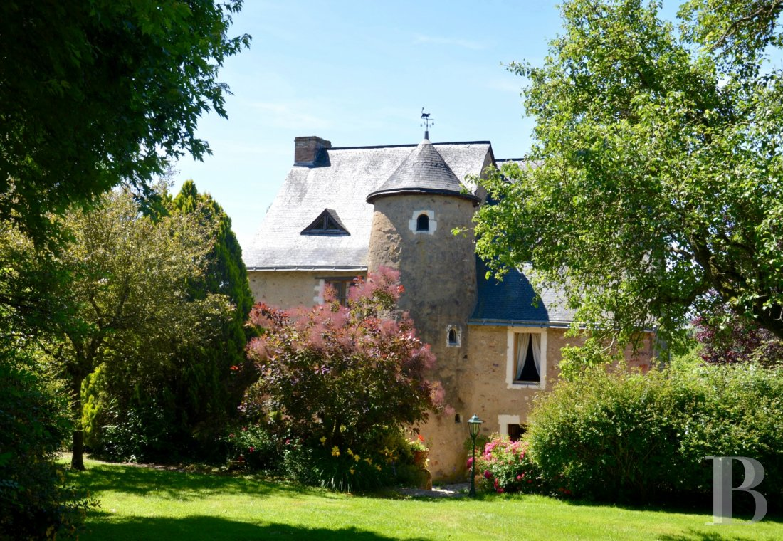 France mansions for sale pays de loire 19th century - 1