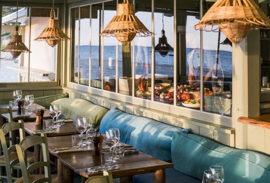 fA former 19th century factory transformed into a hotel and restaurant on the heights of Arcachon - photo N�9