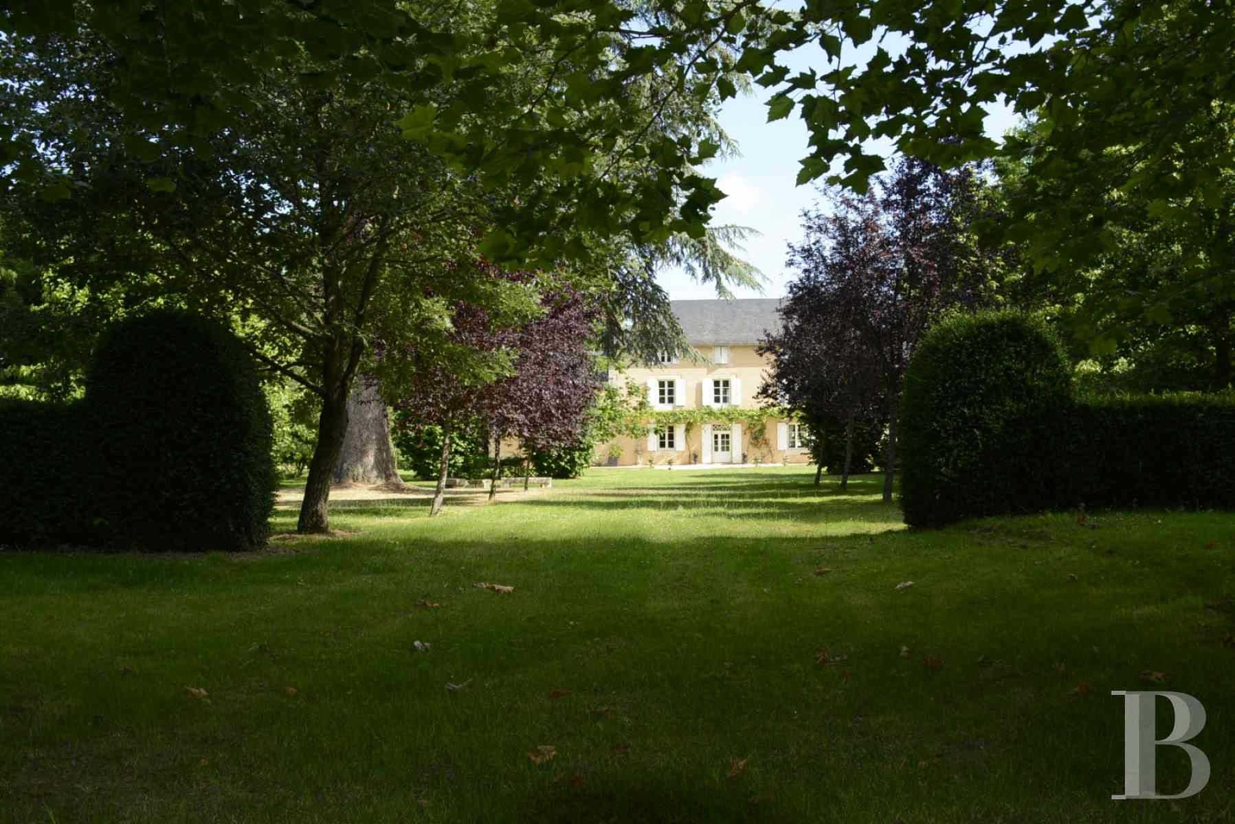 character properties France poitou charentes luxurious home - 2 zoom