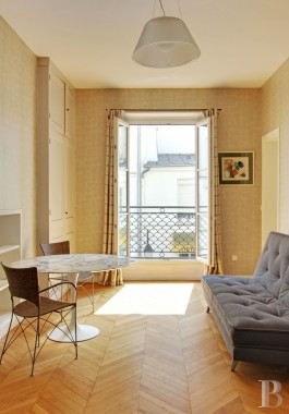 appartments for sale - paris - A 70 m² flat of high standing  with a balcony in the Montorgueil district