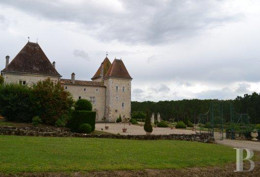 Chateaux a vendre en france patrice besse ch teaux et - Les jardins de l enclos portet sur garonne ...