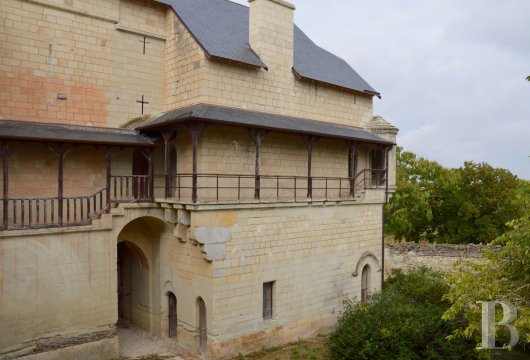 chateaux for sale France poitou charentes 12th century - 7