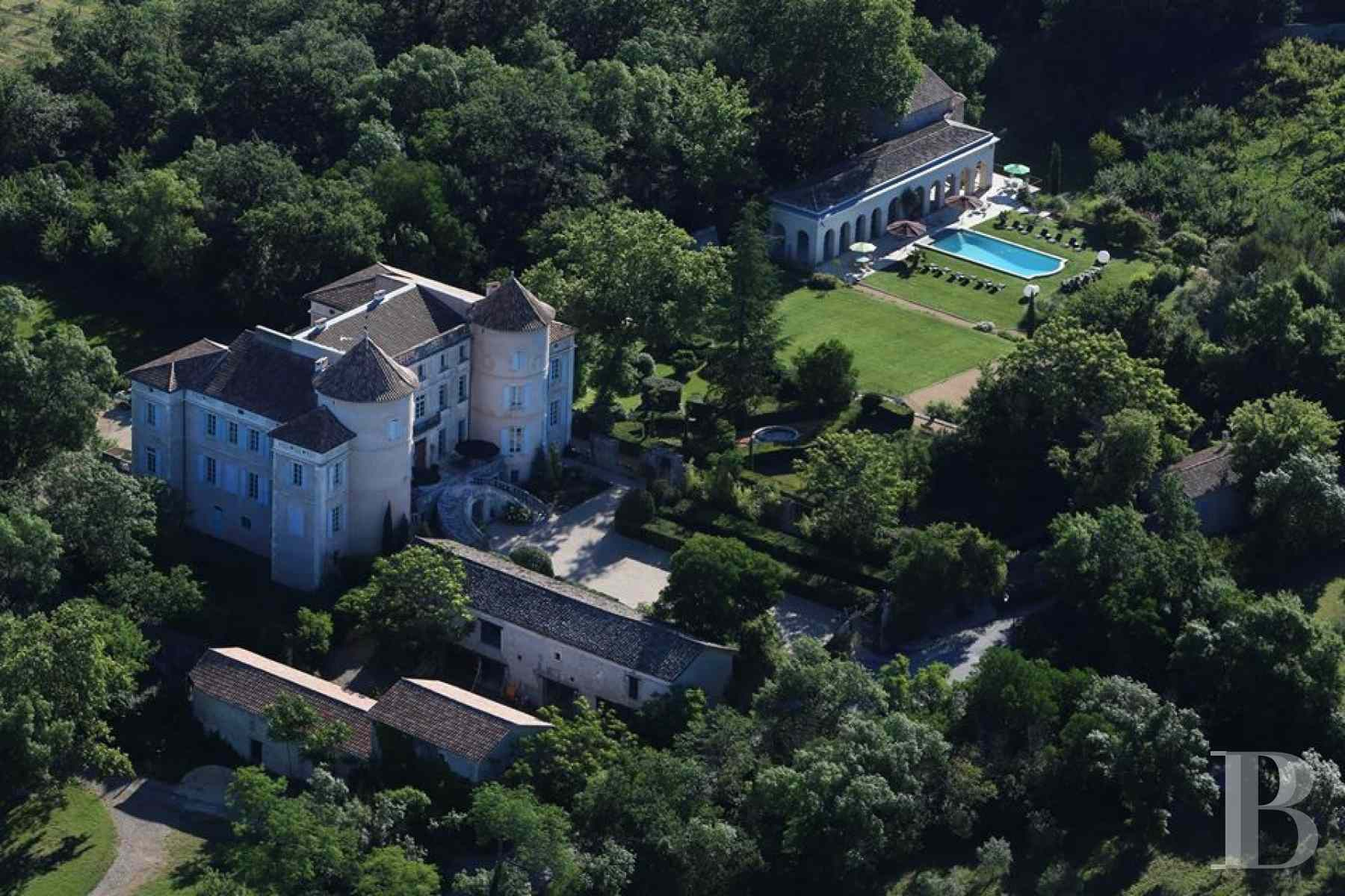 chateaux for sale France languedoc roussillon chateau 18th - 18 zoom