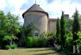 Village houses for sale - poitou-charentes - In the Poitou region,-14th & 15th century priory
