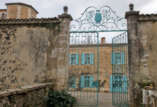 chateaux for sale France aquitaine historic residence - 3