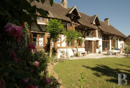 character properties France burgundy farmhouse 18th - 4