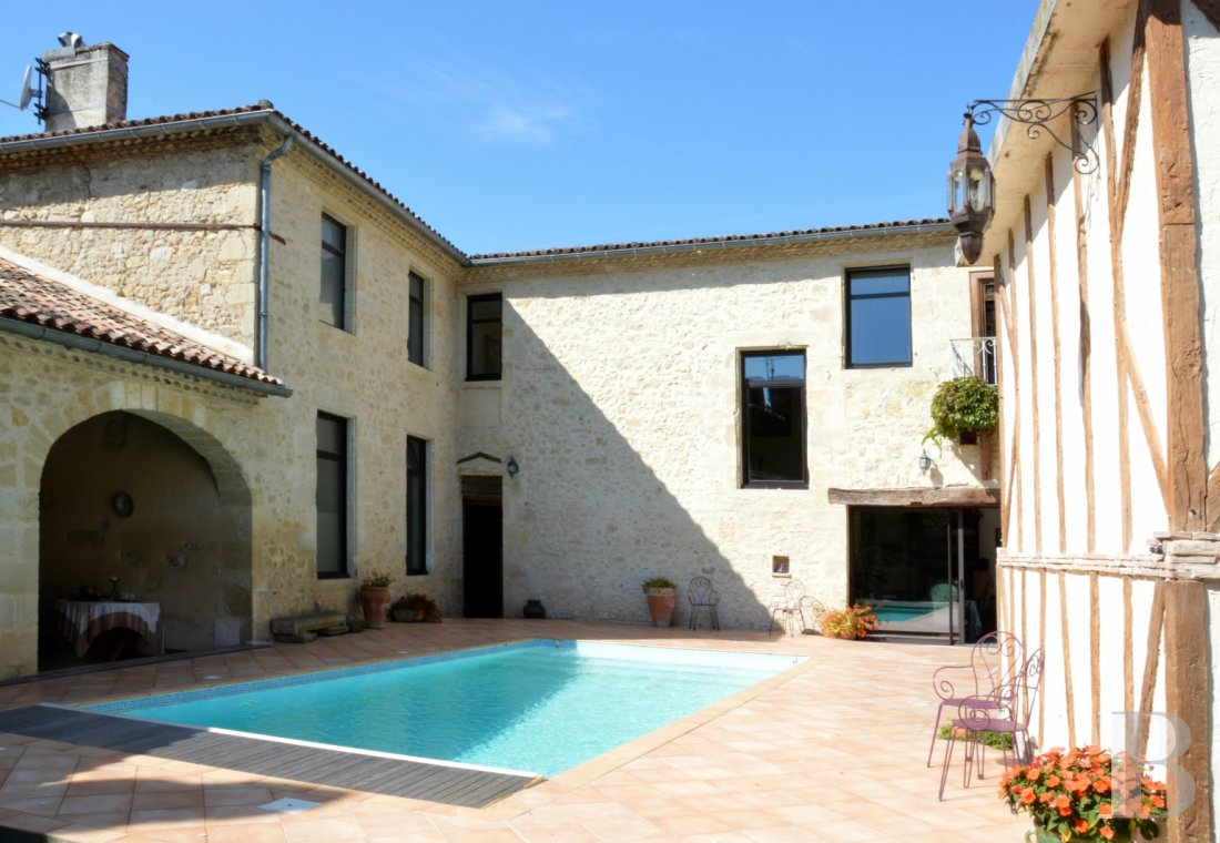 mansion houses for sale France aquitaine bordeaux region - 1