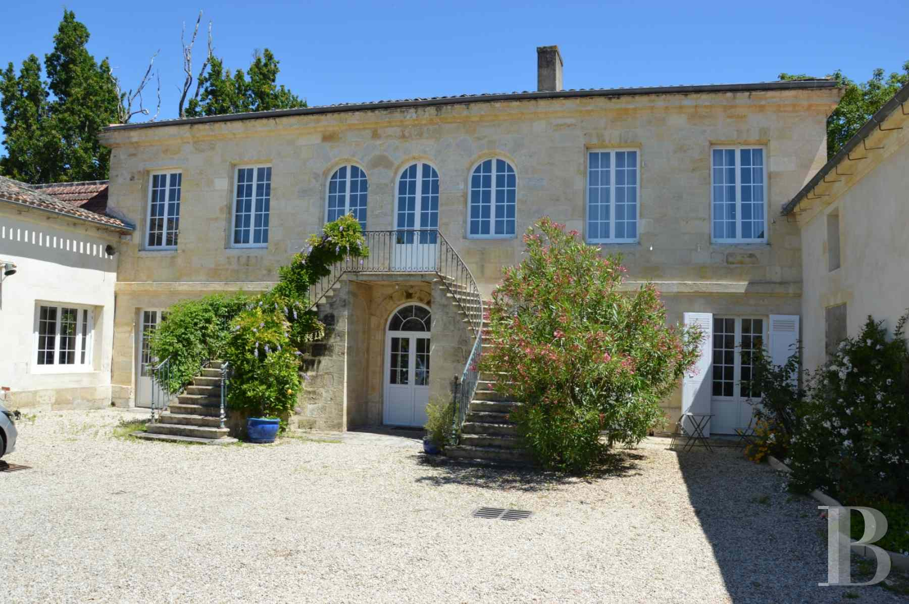 chateaux for sale France aquitaine 18th century - 1 zoom