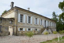 chateaux for sale France aquitaine chartreuse house - 4