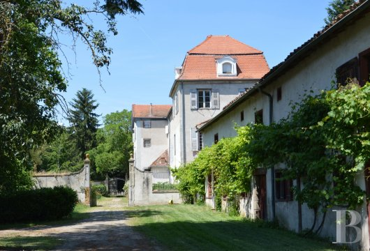 chateaux for sale France rhones alps liste chateau - 13