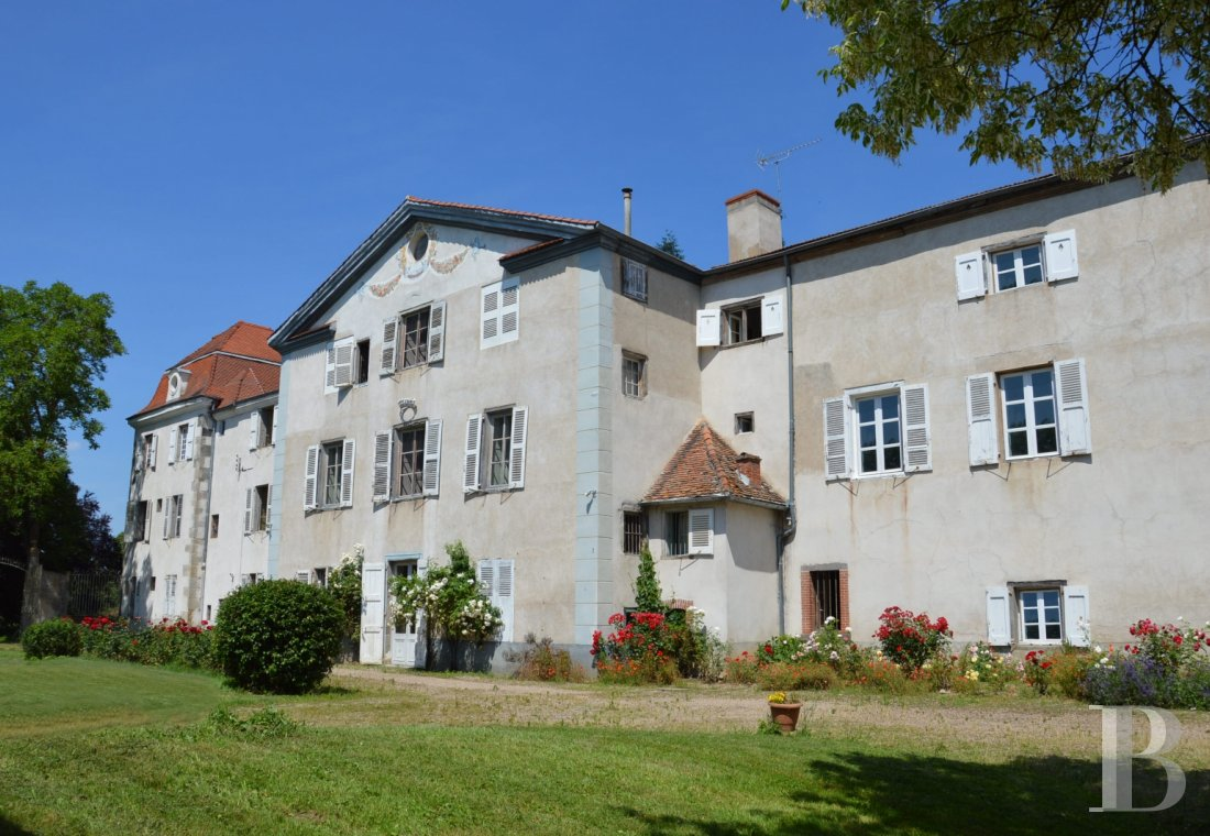 chateaux for sale France rhones alps liste chateau - 1