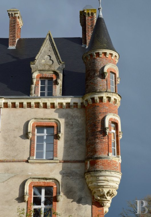 chateaux for sale France pays de loire manor house - 3