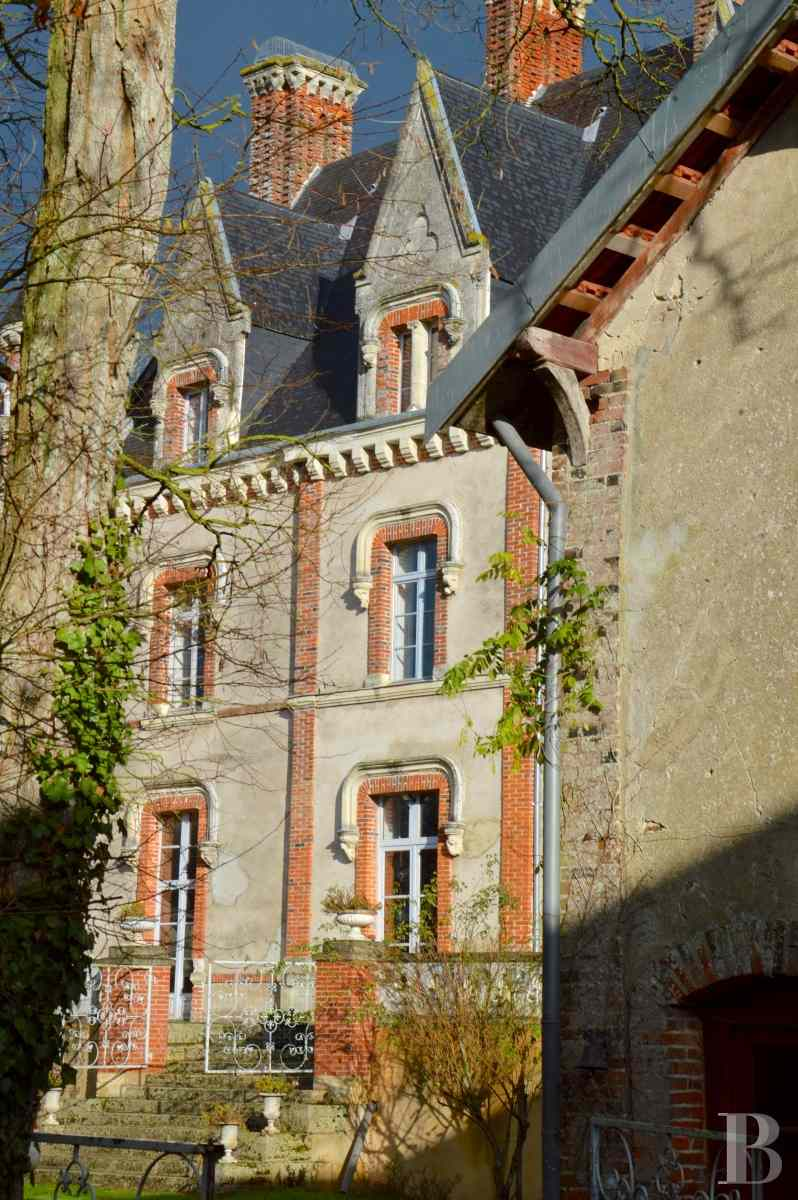 chateaux for sale France pays de loire manor house - 5 zoom