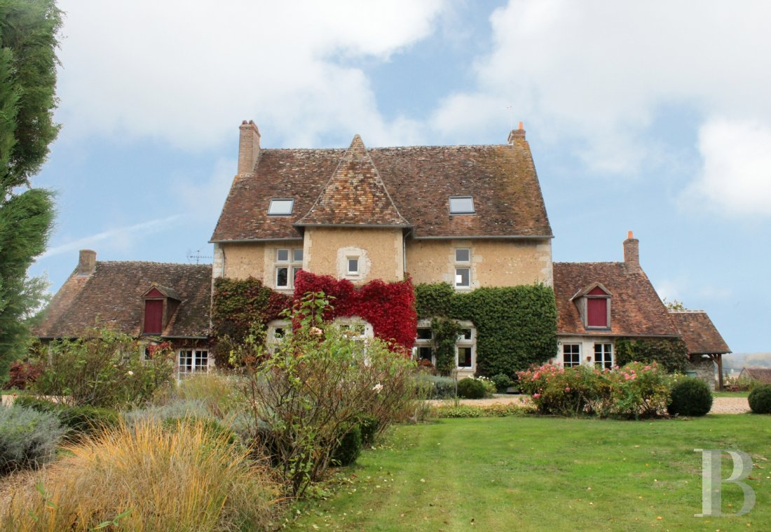 character properties France center val de loire seigneurial home - 1