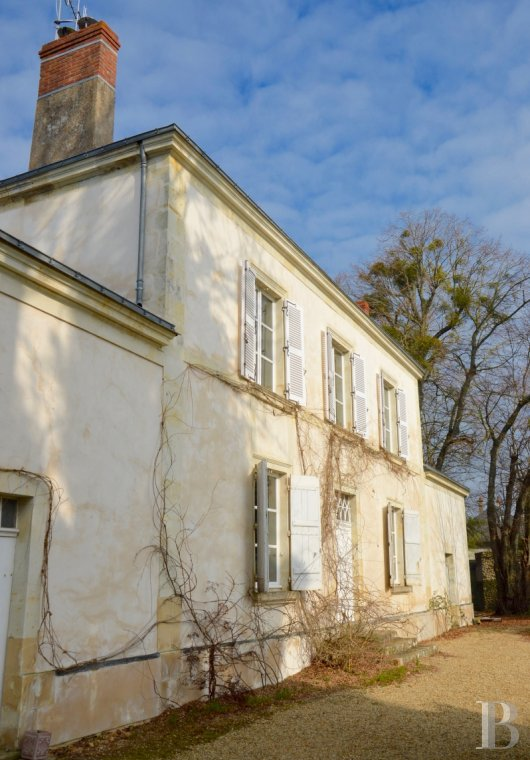 character properties France pays de loire vinegrower house - 2