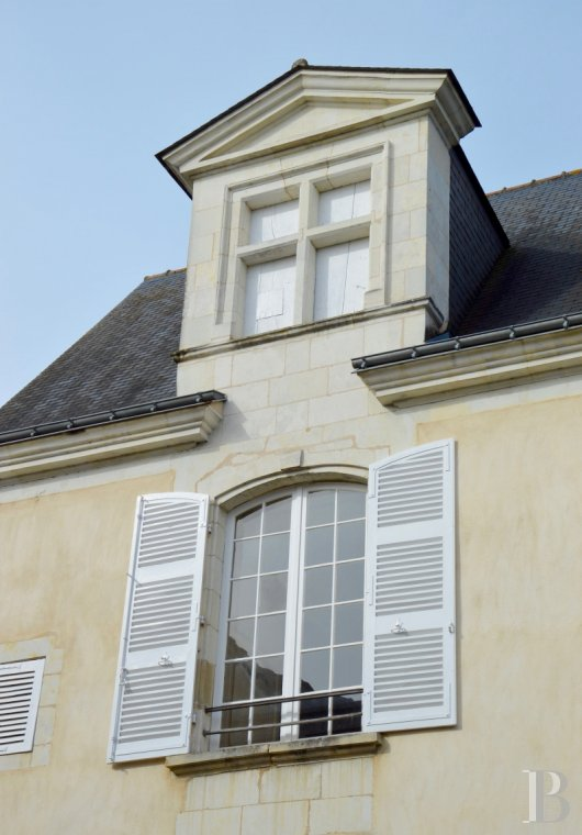 mansion houses for sale France pays de loire 18th century - 2