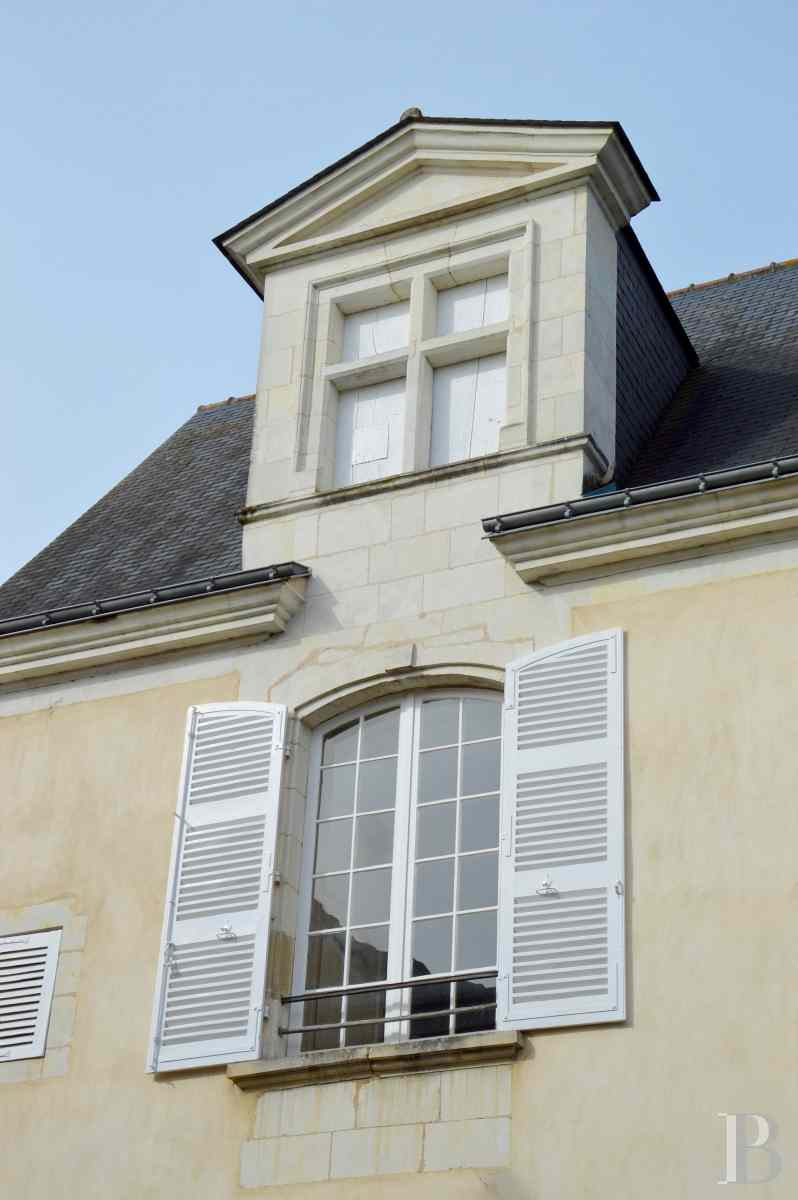 mansion houses for sale France pays de loire 18th century - 2 zoom