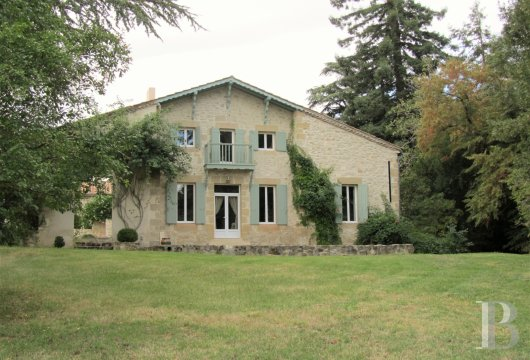 character properties France aquitaine bordeaux toulouse - 3