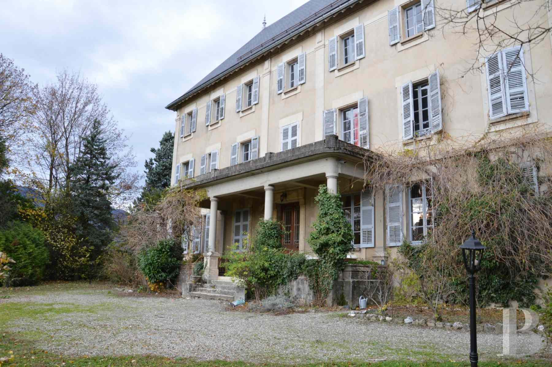chateaux for sale France rhones alps chambery 18th - 4 zoom