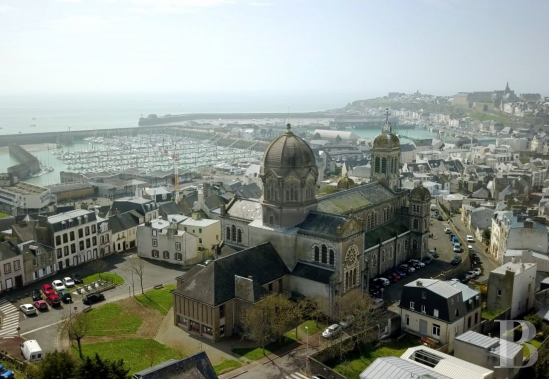 Religious edifices for sale - lower-normandy - The impressive, late 19th century, Saint-Paul's church  sold under emphyteutic lease on behalf of the town of Granville
