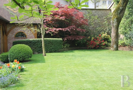 mansion houses for sale France burgundy flat garden - 12