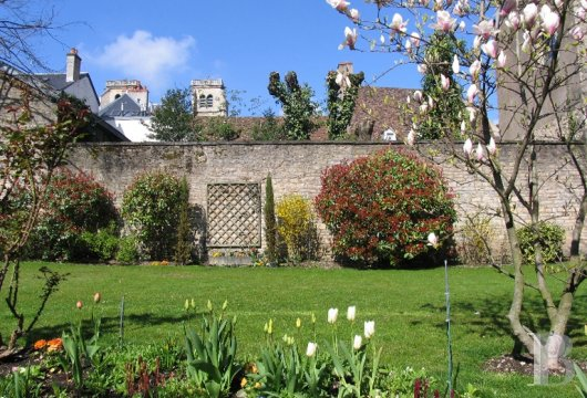mansion houses for sale France burgundy flat garden - 15