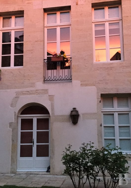 mansion houses for sale France burgundy flat garden - 3