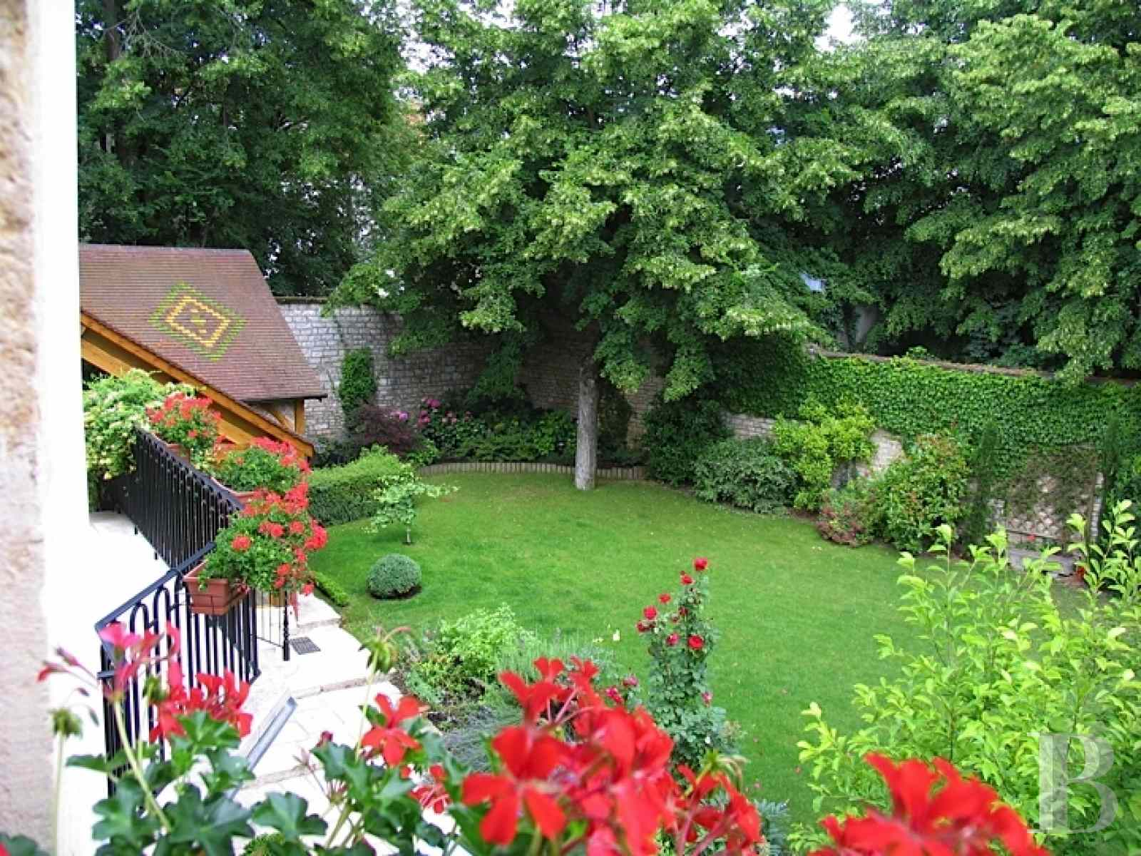 mansion houses for sale France burgundy flat garden - 13 zoom