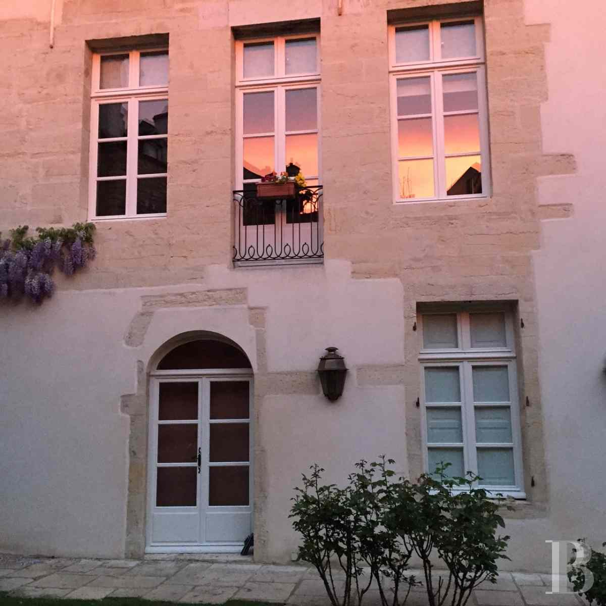 mansion houses for sale France burgundy flat garden - 3 zoom