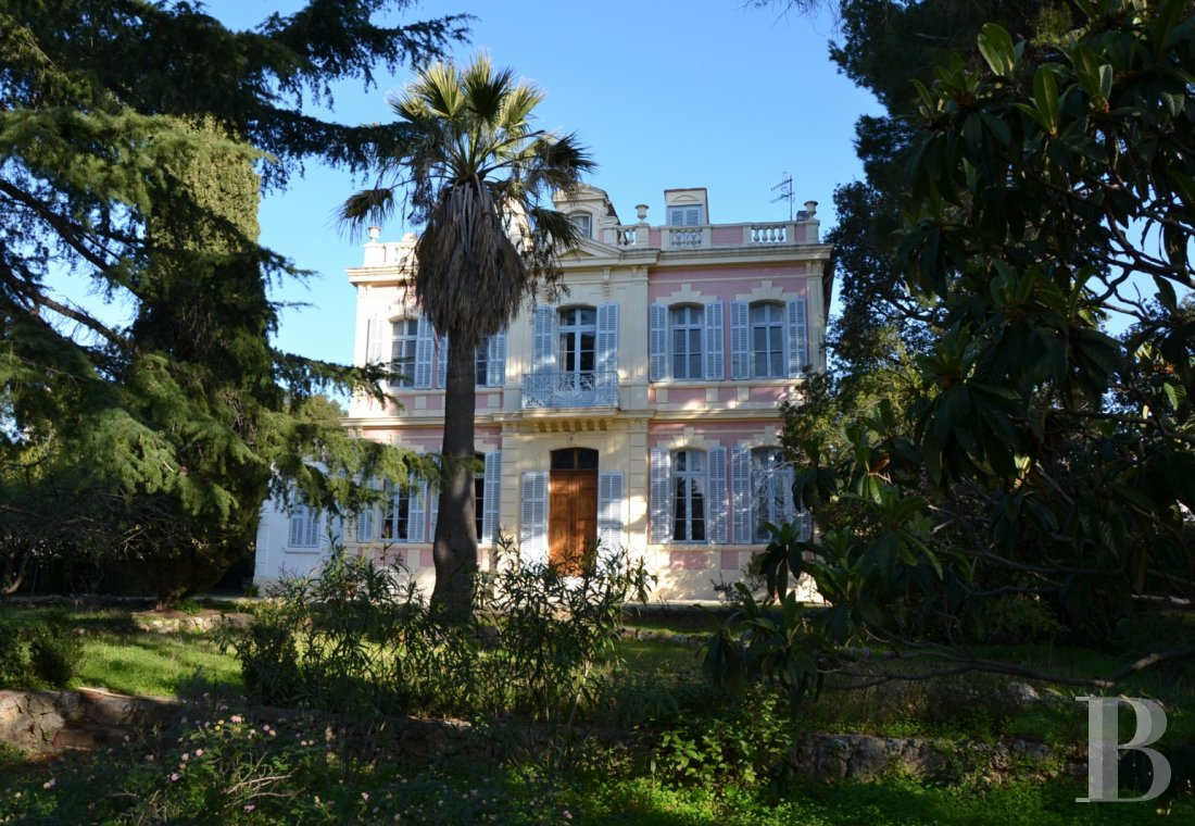 character properties France provence cote dazur bastide house - 1