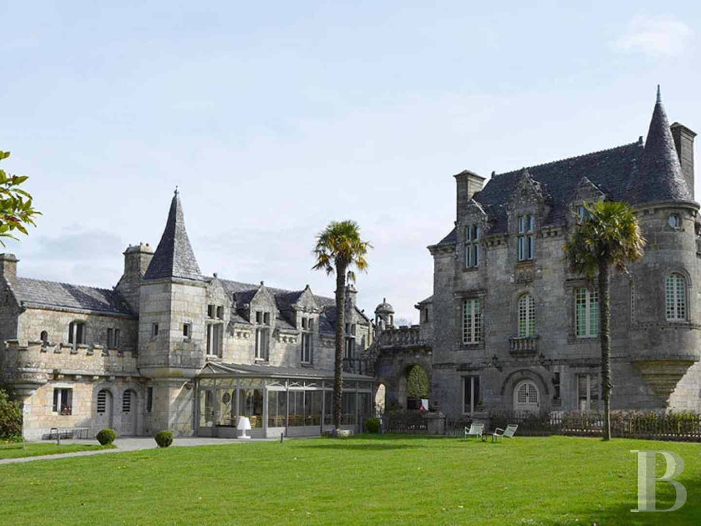 France mansions for sale brittany manor chapel - 1 zoom