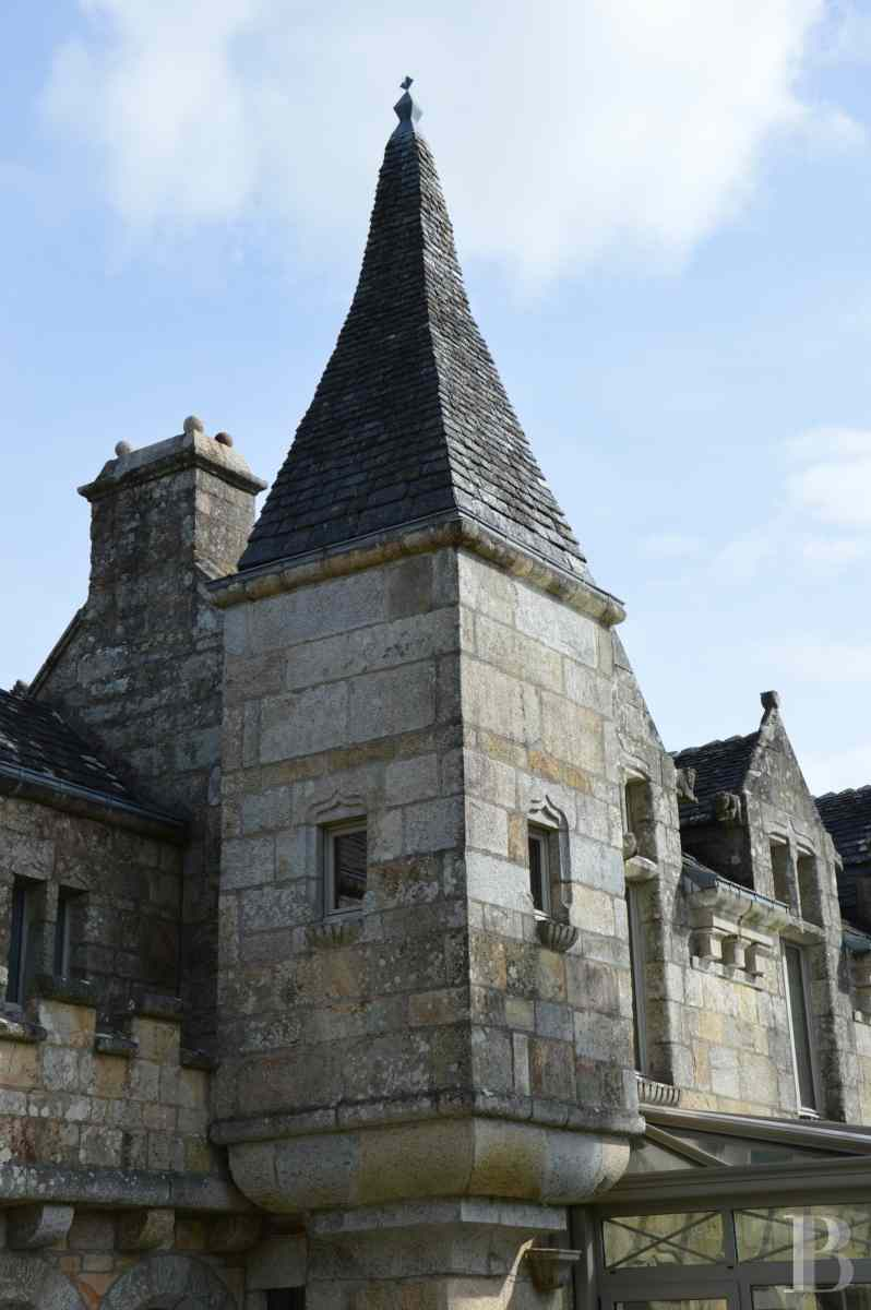 chateaux for sale France brittany manor chapel - 5 zoom