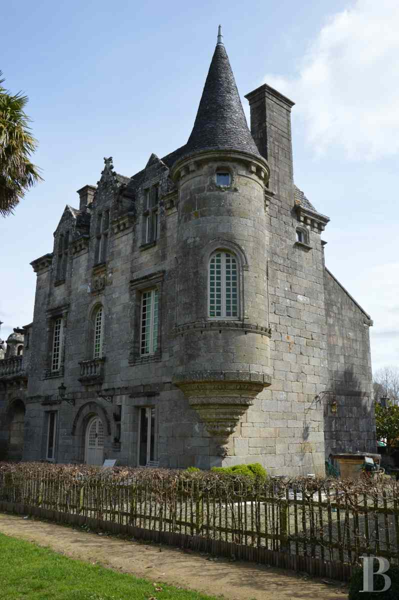 France mansions for sale brittany manor chapel - 3 zoom