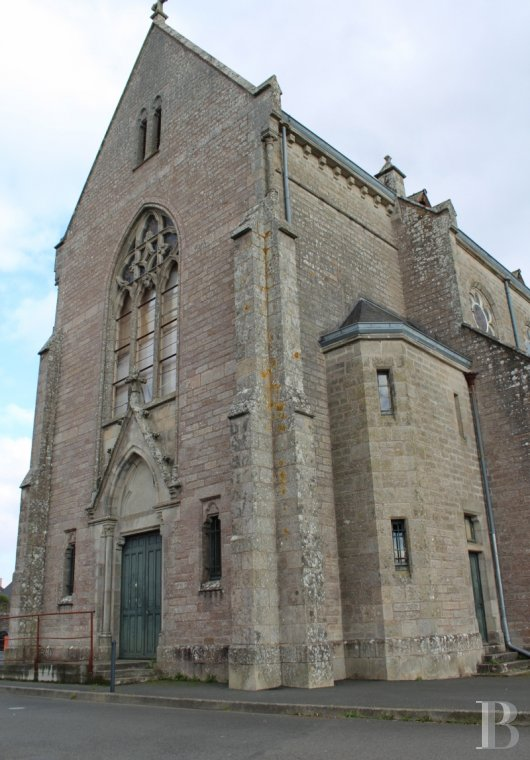 monastery for sale France brittany quimper chapel - 2