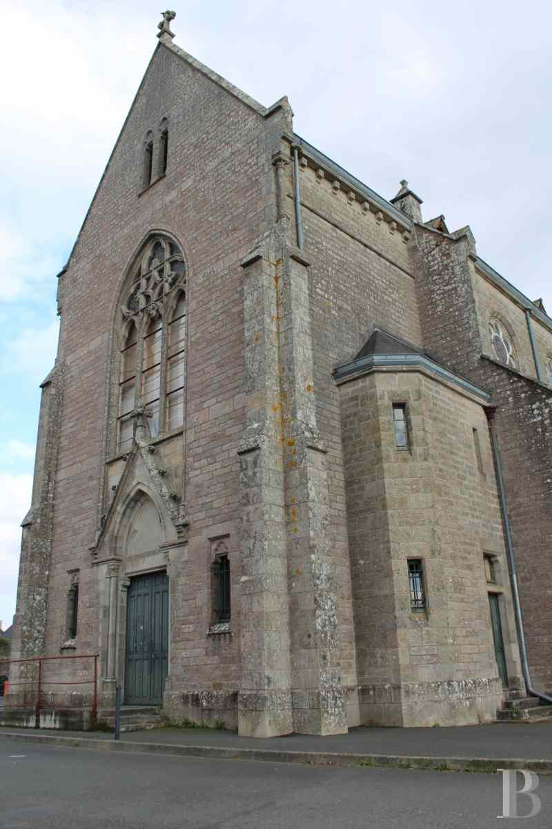 monastery for sale France brittany quimper chapel - 2 zoom
