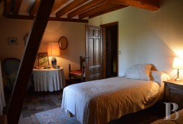 character properties France center val de loire farm building - 10