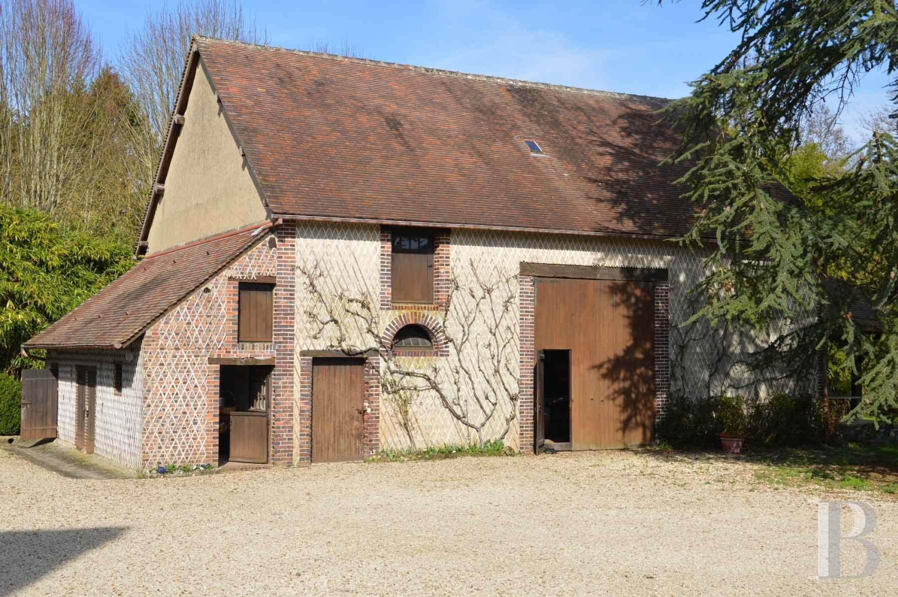 character properties France center val de loire farm building - 14 zoom