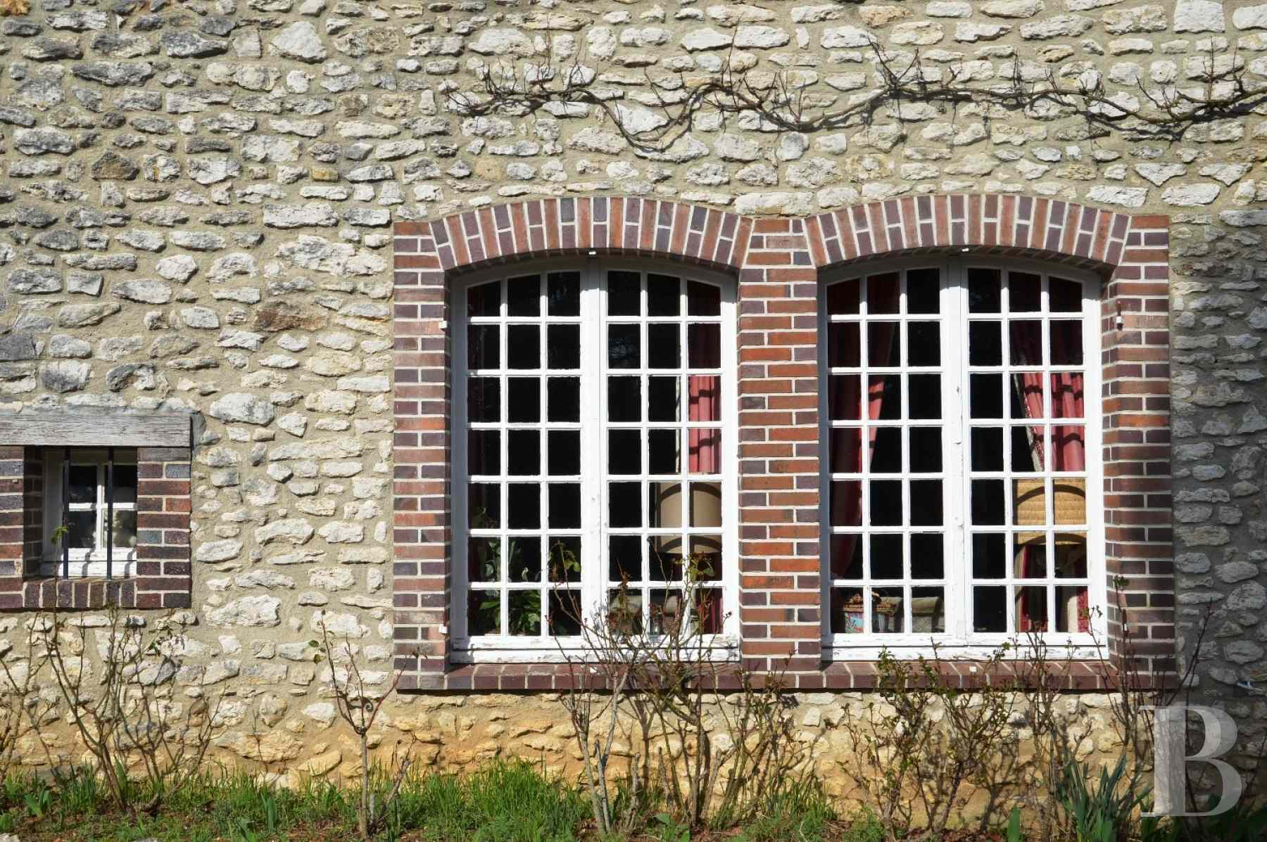 character properties France center val de loire farm building - 5 zoom