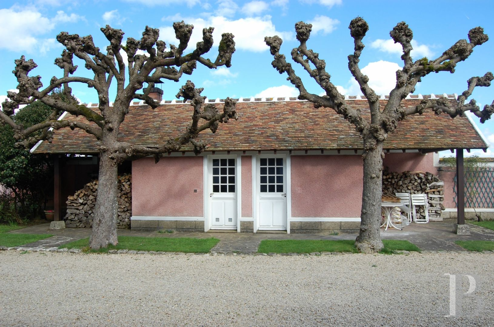 character properties France ile de france hunting lodge - 6 zoom