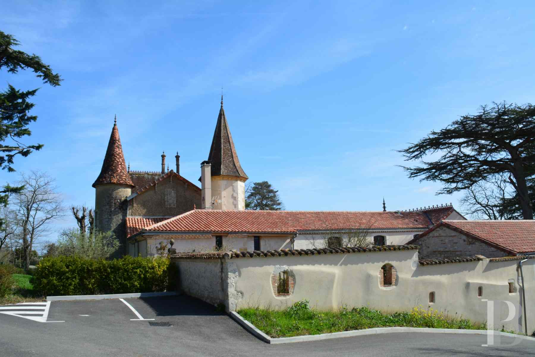 chateaux for sale France aquitaine property gers - 5 zoom