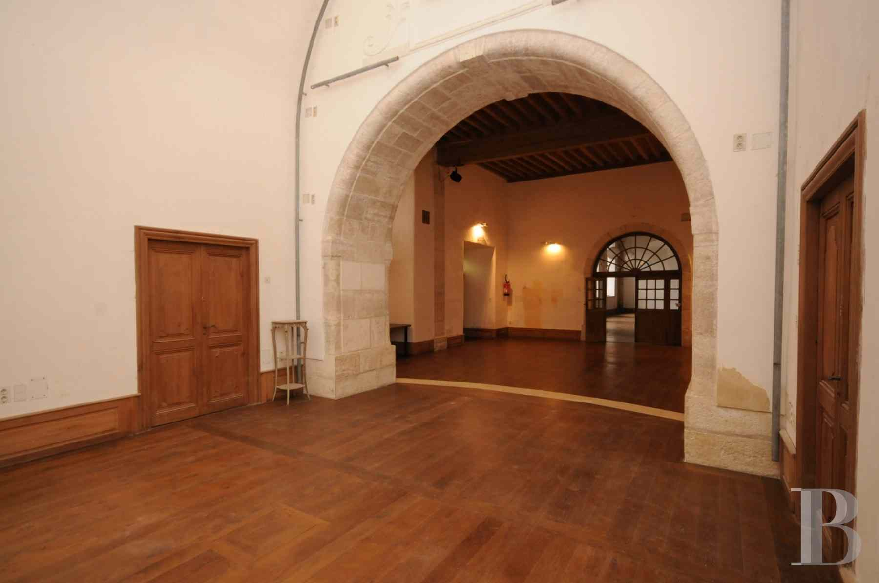 property for sale France midi pyrenees residences historic - 15 zoom