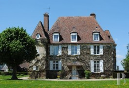 Manors for sale - upper-normandy - In Upper Normandy,-16th century manor house and its outbuildings