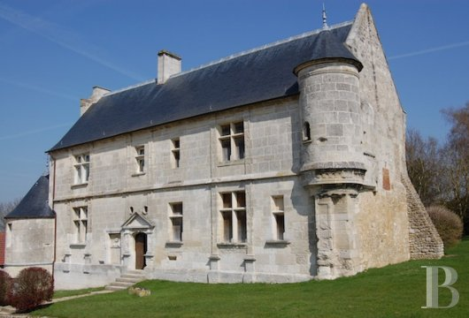Historic buildings for sale - upper-normandy - 16th century, listed manor house 70 km (44 miles) from Paris in Upper Normandy