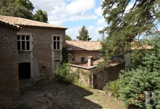 property for sale France languedoc roussillon property outbuildings - 3